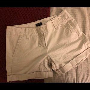 """Signature style 3"""" khaki shorts"""
